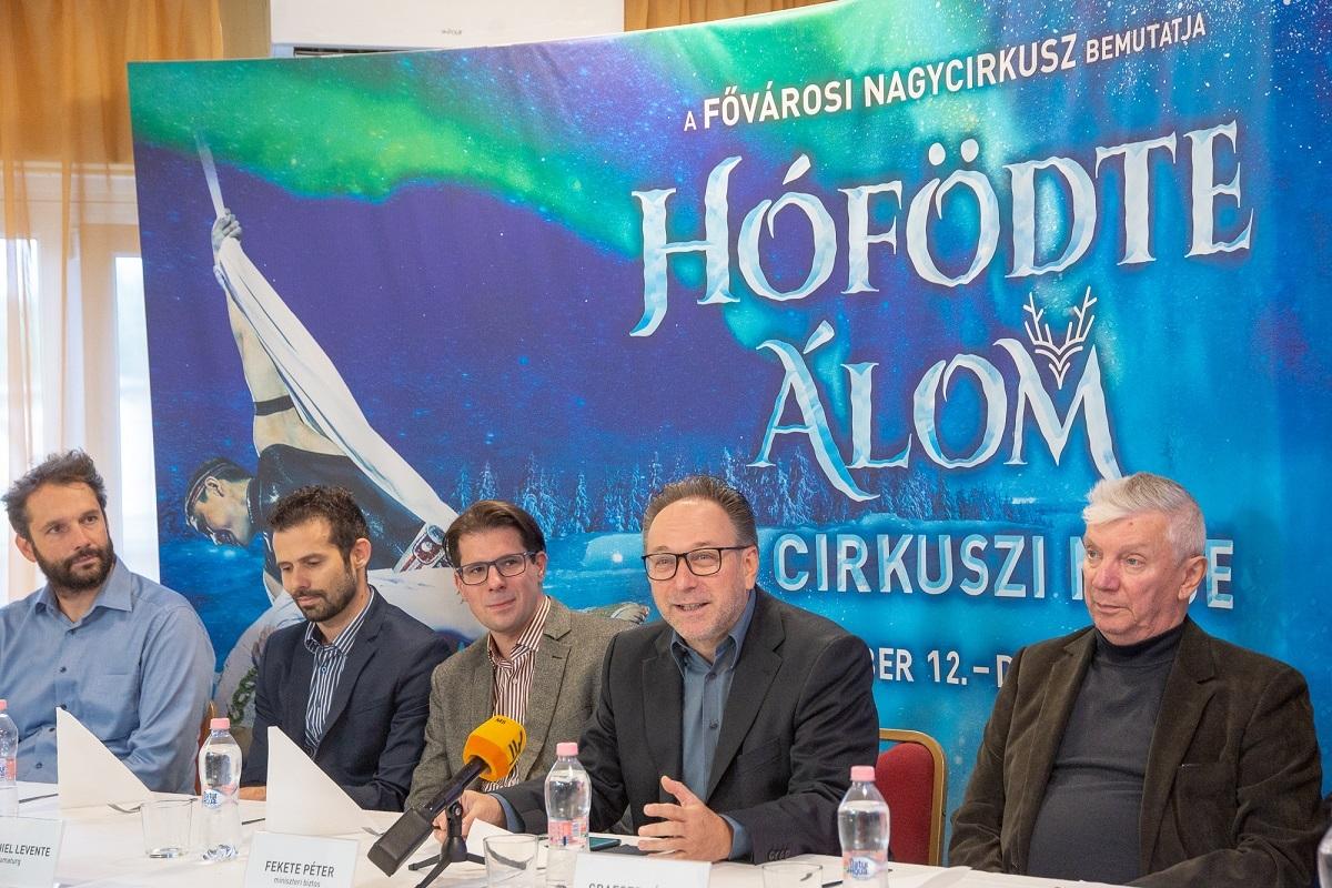Hófödte Álom - Ősi cirkuszi mese - Sajtótájékoztató