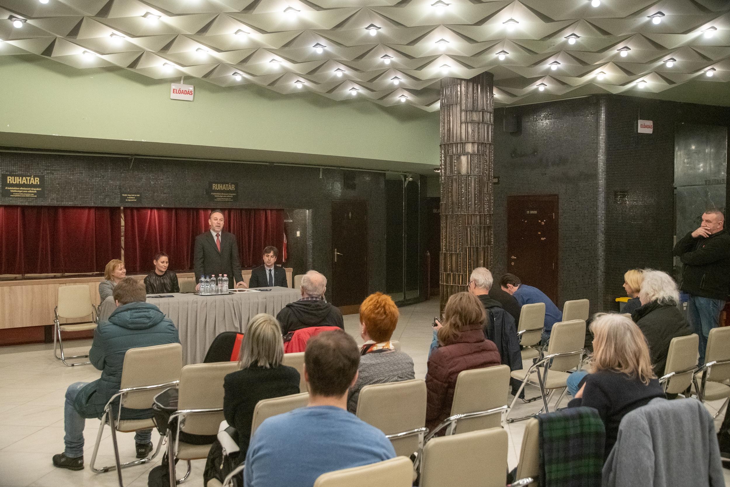 Megnyitották az artistaképző iskola 70. ünnepi évadját