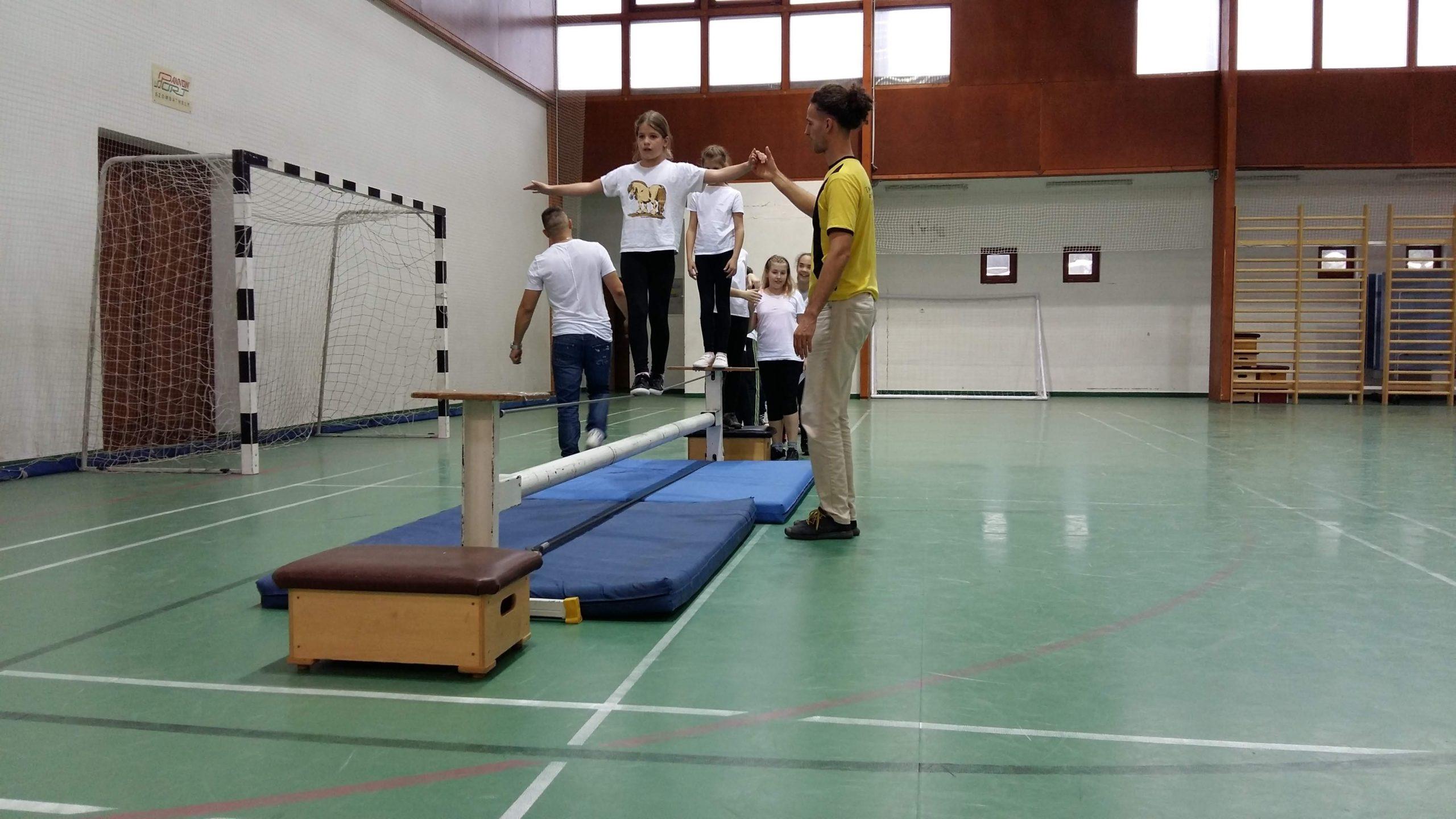 Beszámoló a Tanulj cirkuszt! programról