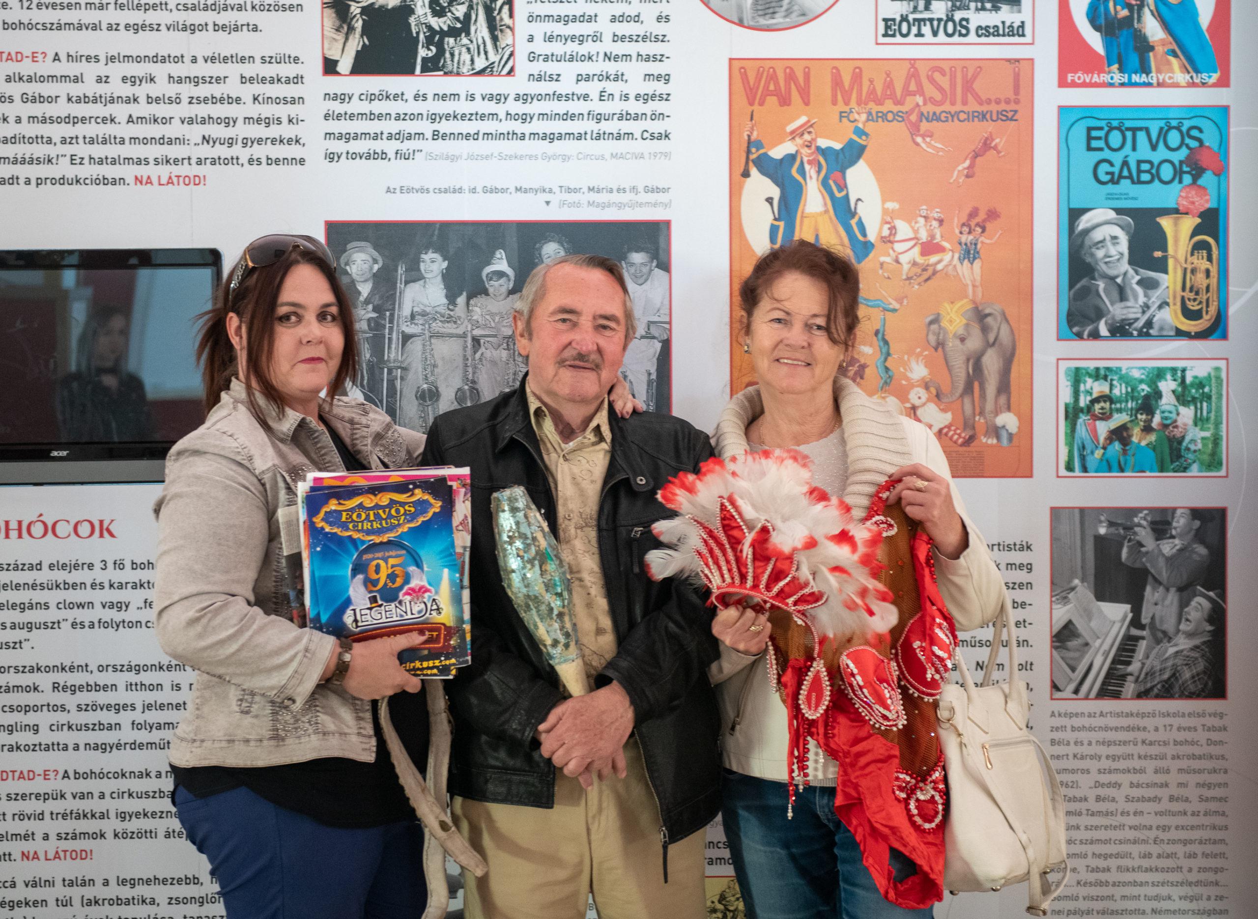 Különleges relikviákkal gyarapodott a Magyar Cirkuszművészeti Múzeum műtárgy gyűjteménye